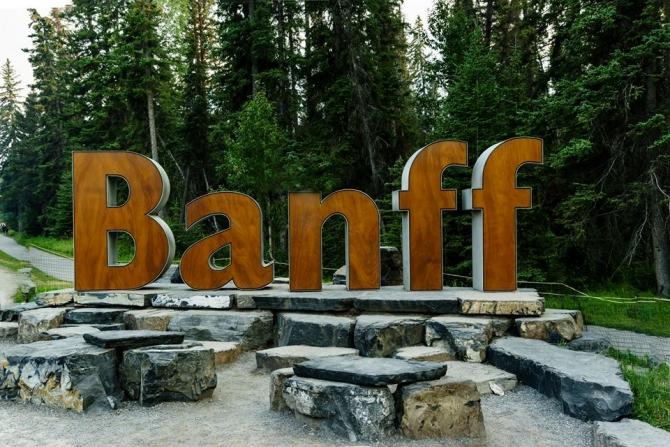 Khám phá những danh lam thắng cảnh Vườn Quốc gia Banff, AB Canada